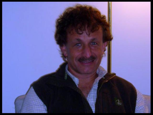 Dr. Alejandro Spiegel